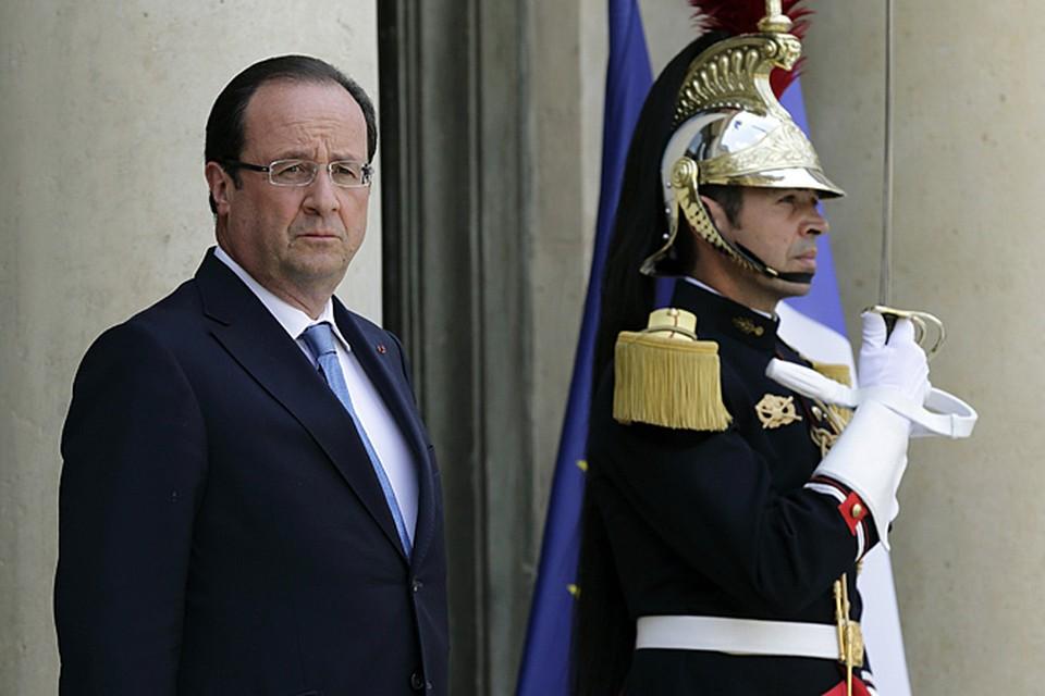 В борьбе за рейтинг Франсуа Олланд обратился к самому надежному оружию – личной скромности