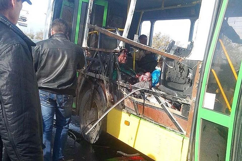 В аварии погибли шесть человек, в том числе и шахидка-смертница.