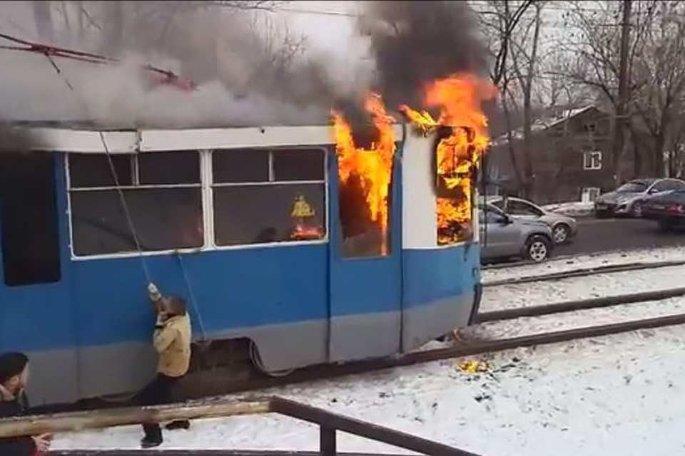 Печка от трамвая в гараж