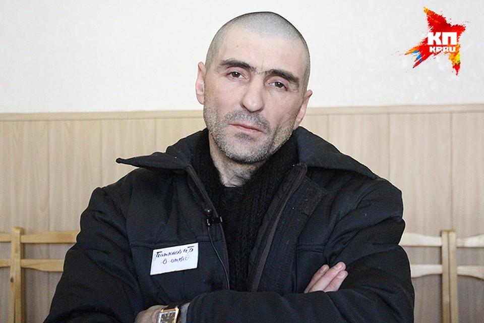 Игорь Матюков за решеткой стал писать стихи и даже роман.