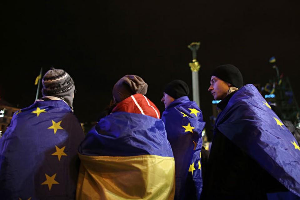 Имперские претензии на Украину есть у Польши и Литвы, но это дело самих украинцев. Хотят снова быть хлопами – исполать им