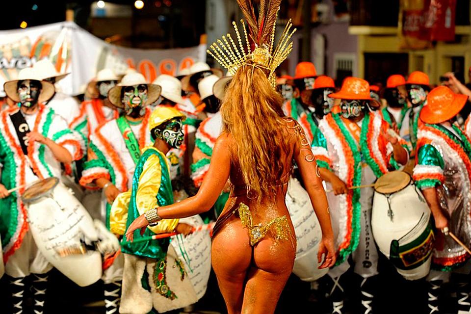 бразильские танцы на карнавале материал максимально