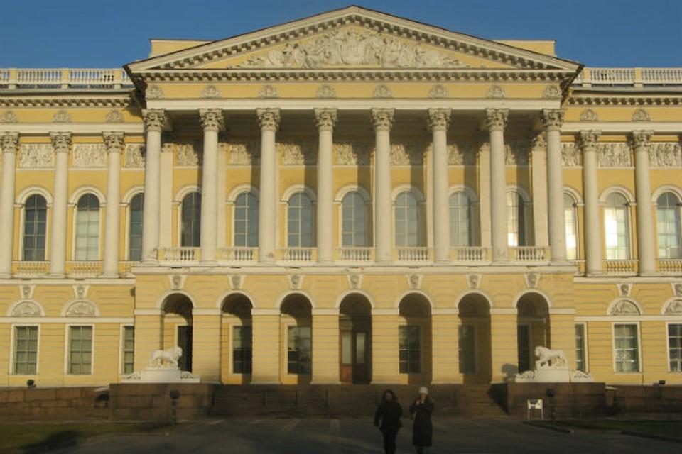 В Русском музее претензии коллекционера, само собой, отрицают.