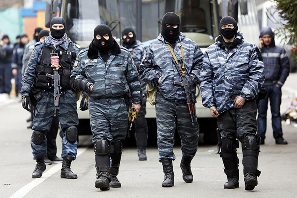 """Бойцы """"Беркута"""" отважно противостояли силам Евромайдана"""