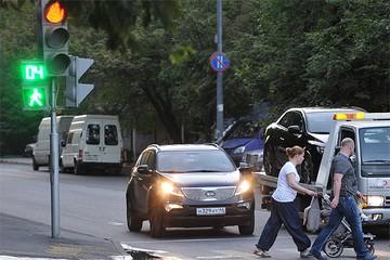 В столице появятся временные светофоры