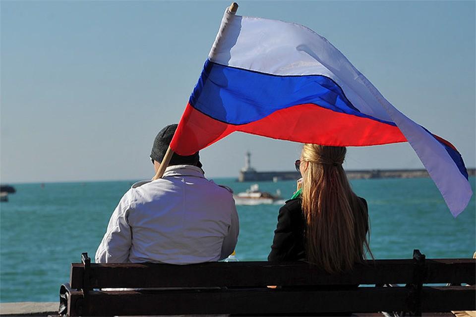 """Военкор """"КП"""" Дмитрий Стешин решил ответить на 15 вопросов о русских и для русских."""
