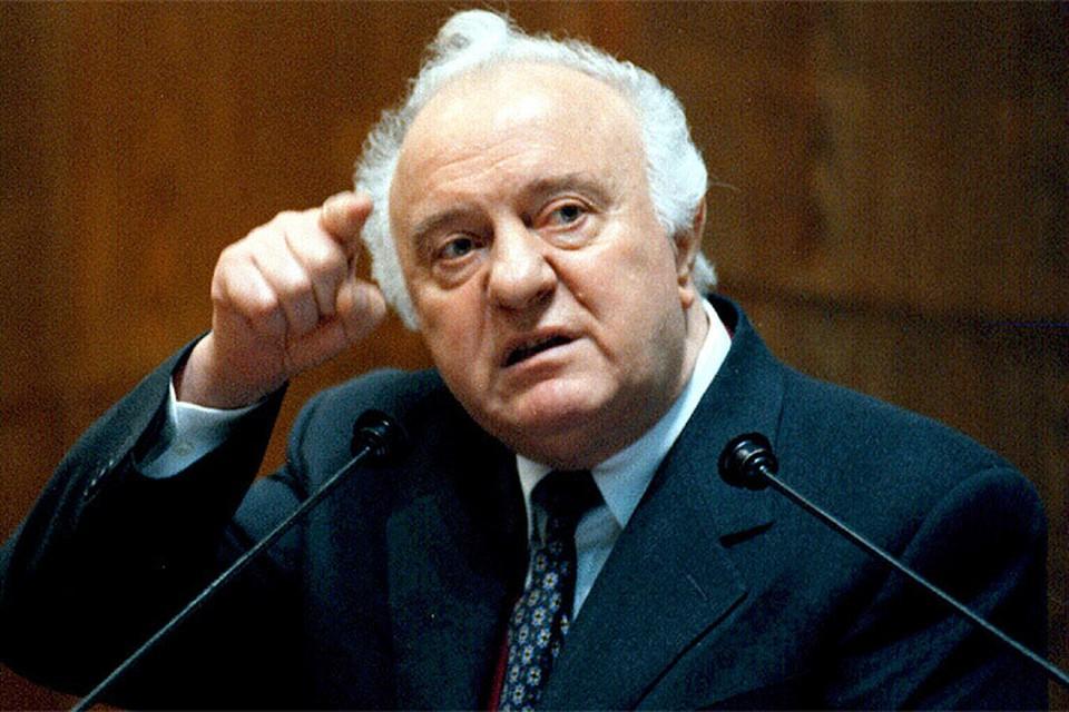 Умер бывший министр иностранных дел СССР и экс-президент Грузии Эдуард Шеварнадзе