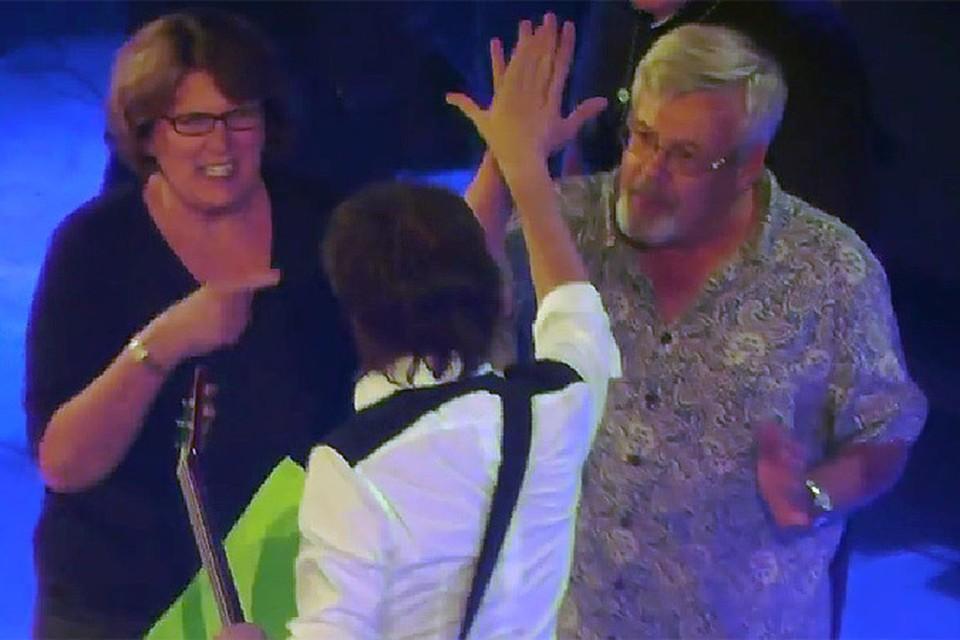 Пол Маккартни помог 64-летнему поклоннику обручиться с любимой