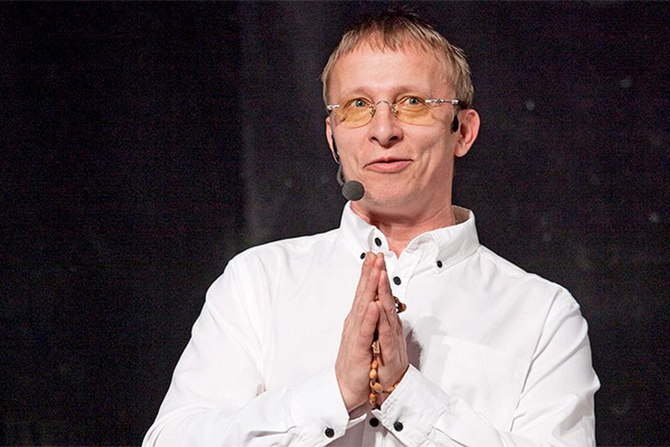 Охлобыстин попросил прощения у своих поклонников в Риге, перед которыми он как раз должен был выступать с программой