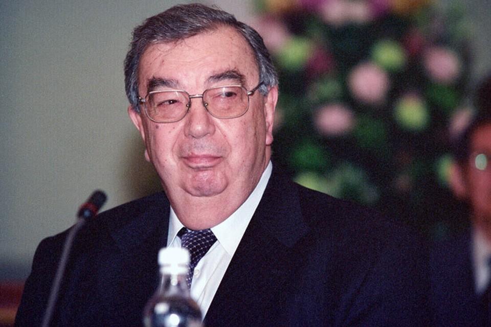 Евгений Максимович Примаков отмечает свое 85-летие