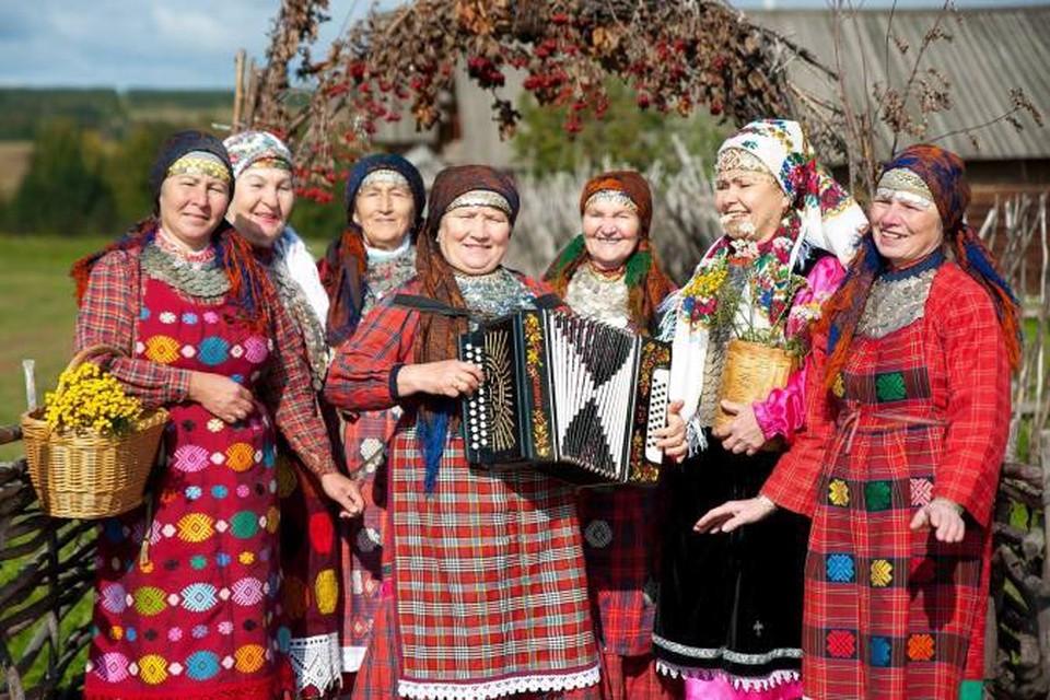 В рамках открытия года Удмуртии в Москве «Бурановские бабушки» споют с Мирей Матье фото: пресс-служба «Бурановских бабушек»