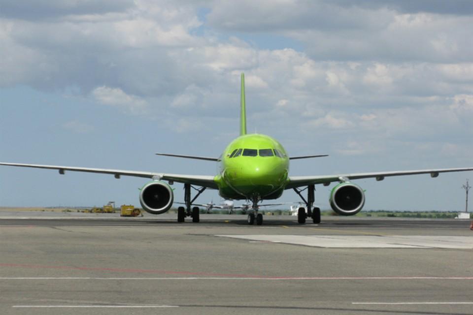 Несмотря на отмену ряда рейсов из Москвы, улететь в Белокаменную и обратно можно через другие авиакомпании