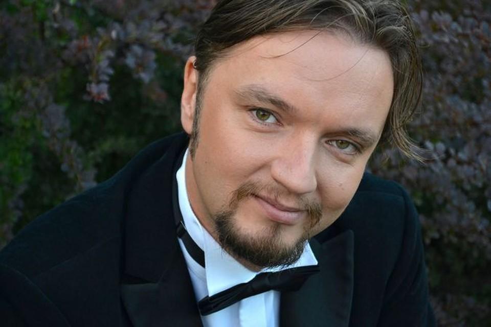 Рижский дирижер опроверг заявление Кехмана о том, что с ним не рассчитался новосибирский театр.