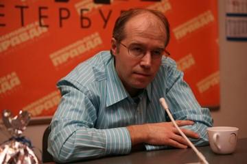 Константин Бронзит: Мой любимый цвет - оранжевый. Так компенсирую сырость и серость