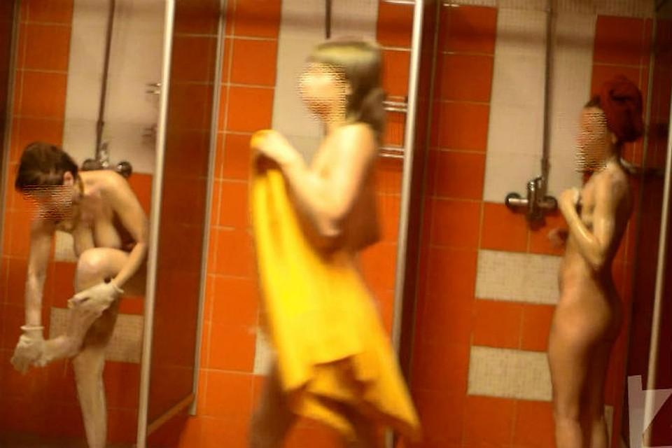 Скрытая камера в душевой фитнесцентра видео