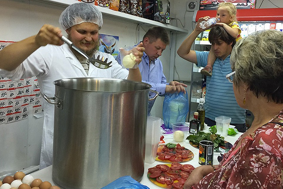 Начинающий фермер Олег Сирота: «Мой первый сыр был продан за 20 минут!». Фото: Личный архив