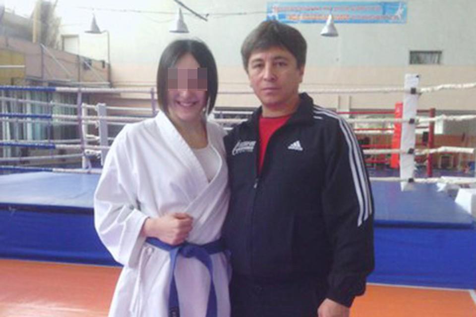 По словам одной из девушек в секции, с 17-летней Вероникой Азамат Норманов в последнее время был очень груб.