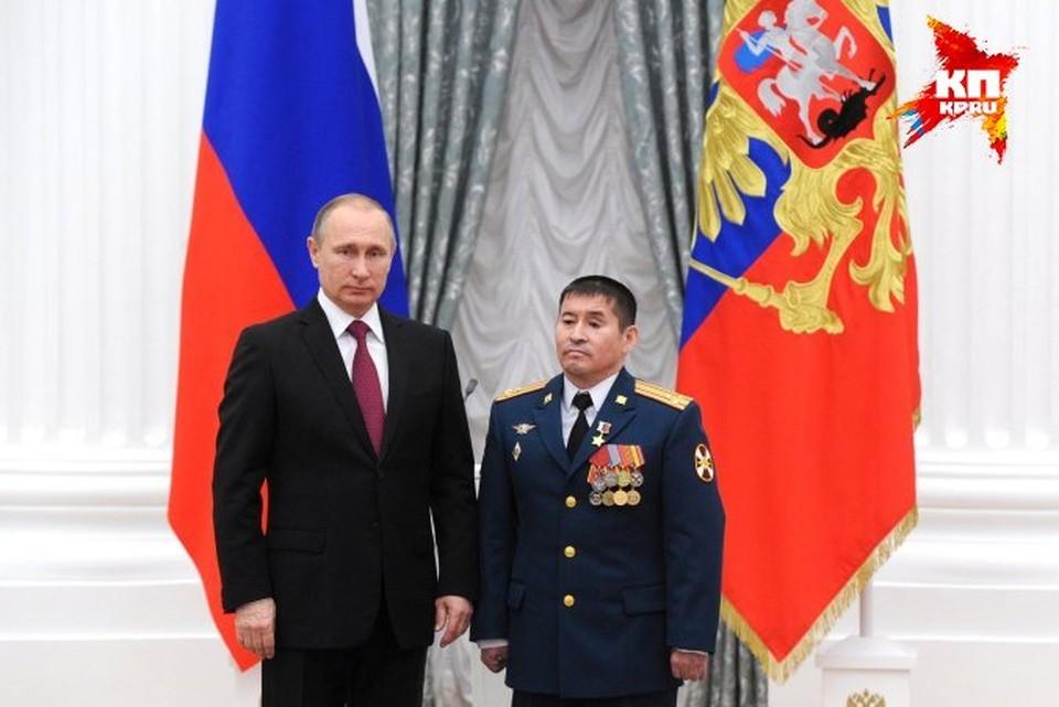 Полковника представили к высшей воинской награде Фото: пресс-служба Кремля