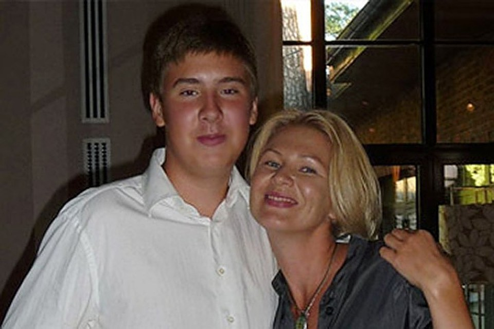 Исцет мать сын