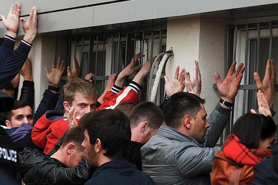 В столичном отеле «Рамада» и в отеле «Перяник» в Даниловграде стражи порядка задержали 60 человек, 55 из которых - граждане России и других стран СНГ