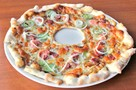 В омском кафе блюдо «Пробитое колесо» предлагают запить коктейлем «Слезы водителя»