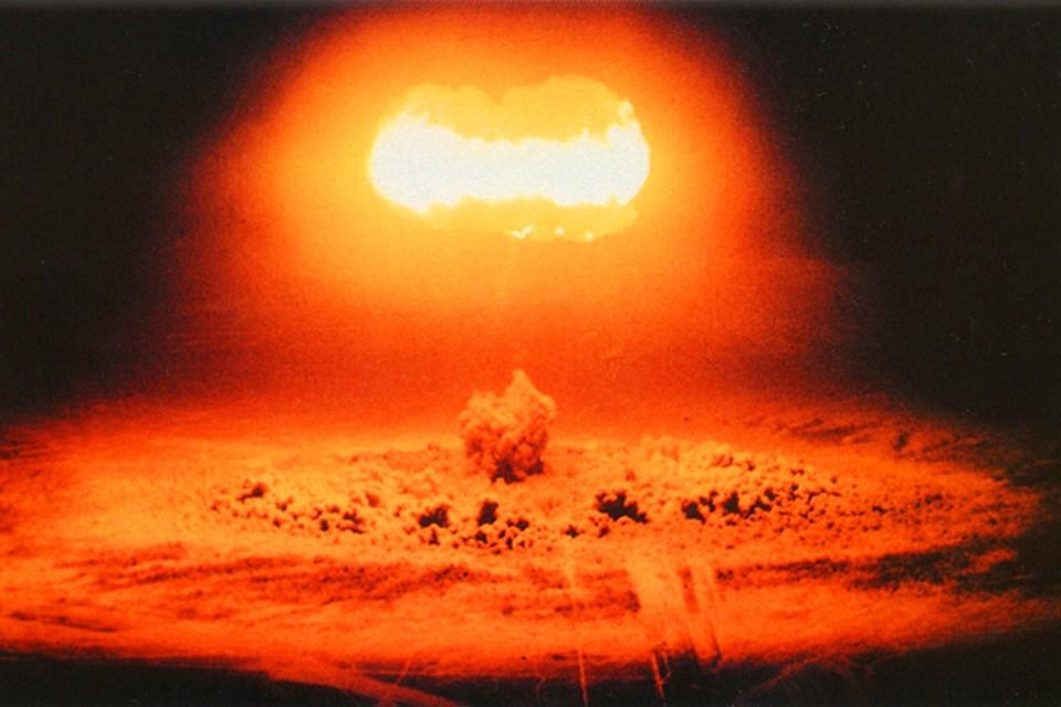 Что касается долгосрочной перспективы, то очень большая вероятность, что конец света может наступить в результате ядерной войны