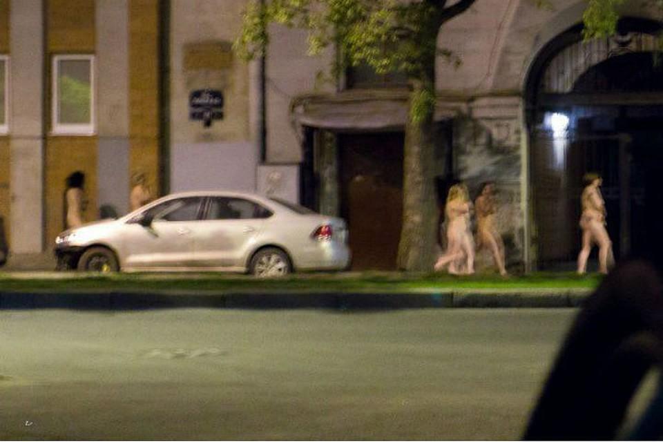 тянет на проституток