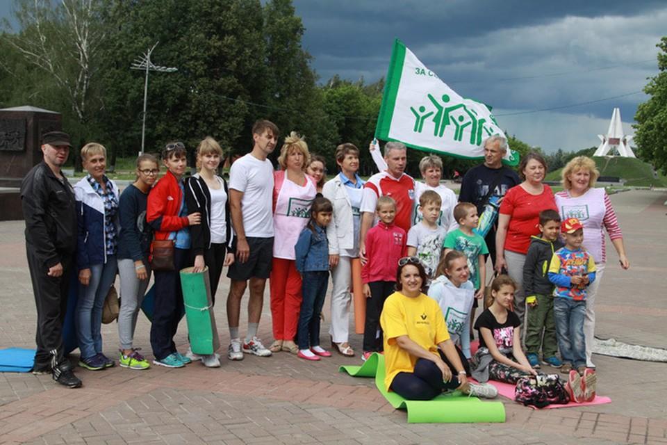 Для презентации парковой зарядки в Брянск приехал главный идеолог проекта - Владимир Ефремов.