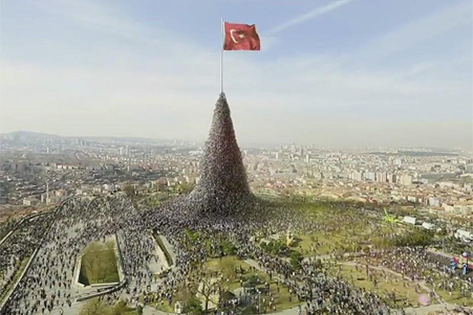 Этот ролик помог Эрдогану выиграть выборы 2014 года.