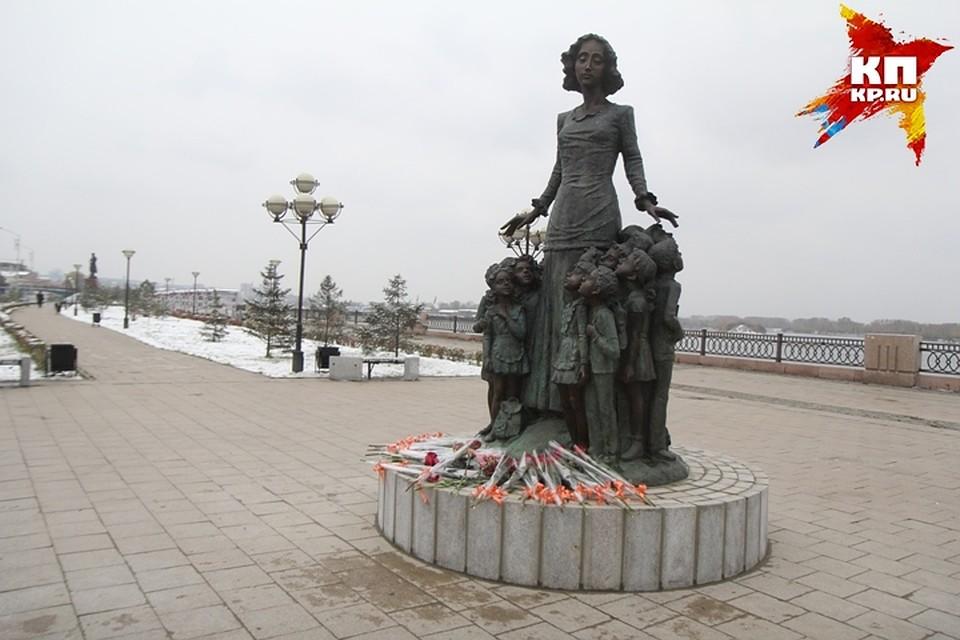 В цена фото на памятник воронеж официальный сайт изготовление фото на памятник димитровград