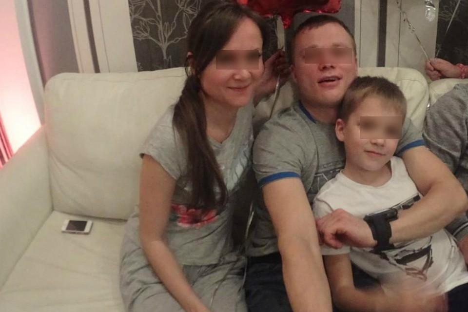 Семья Орловых в полном составе. Все еще счастливы.