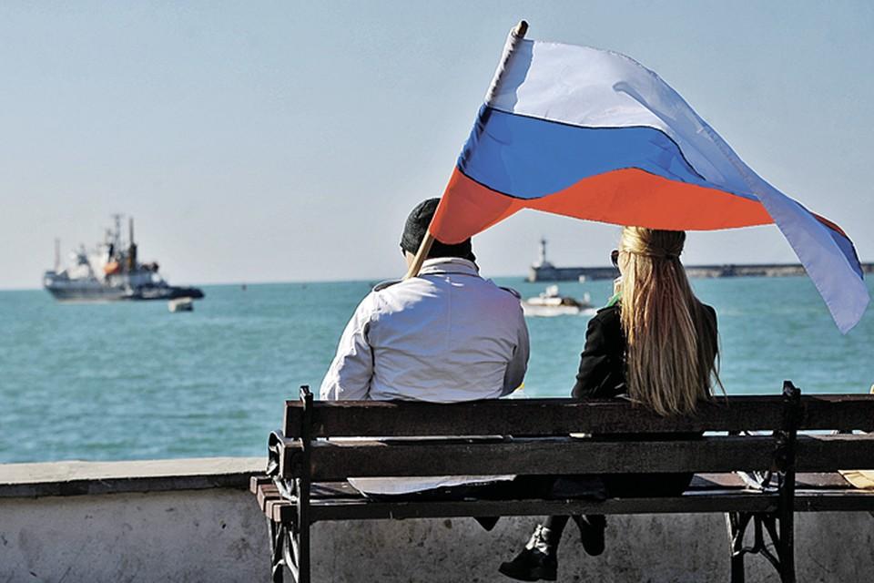 Самое смешное, санкционисты толком и не могут сформулировать, что Россия должна сделать, чтобы ограничения были сняты. Вернуть Крым Украине? Но даже Меркель не верит в реальность такого события.
