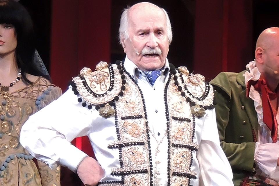Прощание пройдет 3 ноября в 11.00 на Большой сцене театра Российской Армии