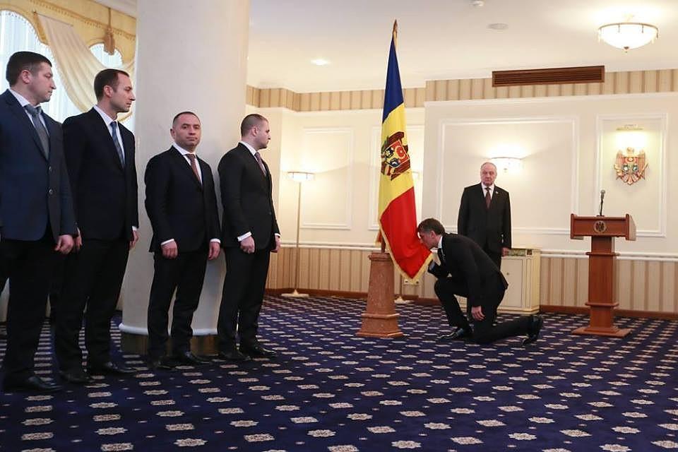 Соучастник узурпации власти в Молдове Хорунжен должен уйти в отставку в течении 10 дней