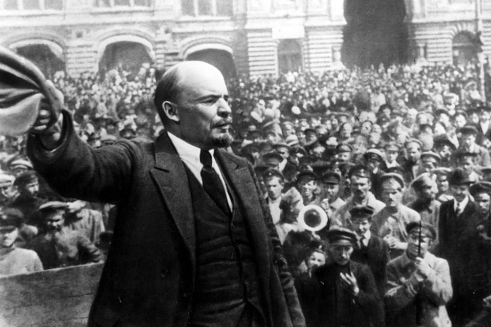 В привычном понимании этого слова агентом зарубежных спецслужб Ленин конечно же, не был. Но в шпионских интригах, безусловно, активно участвовал