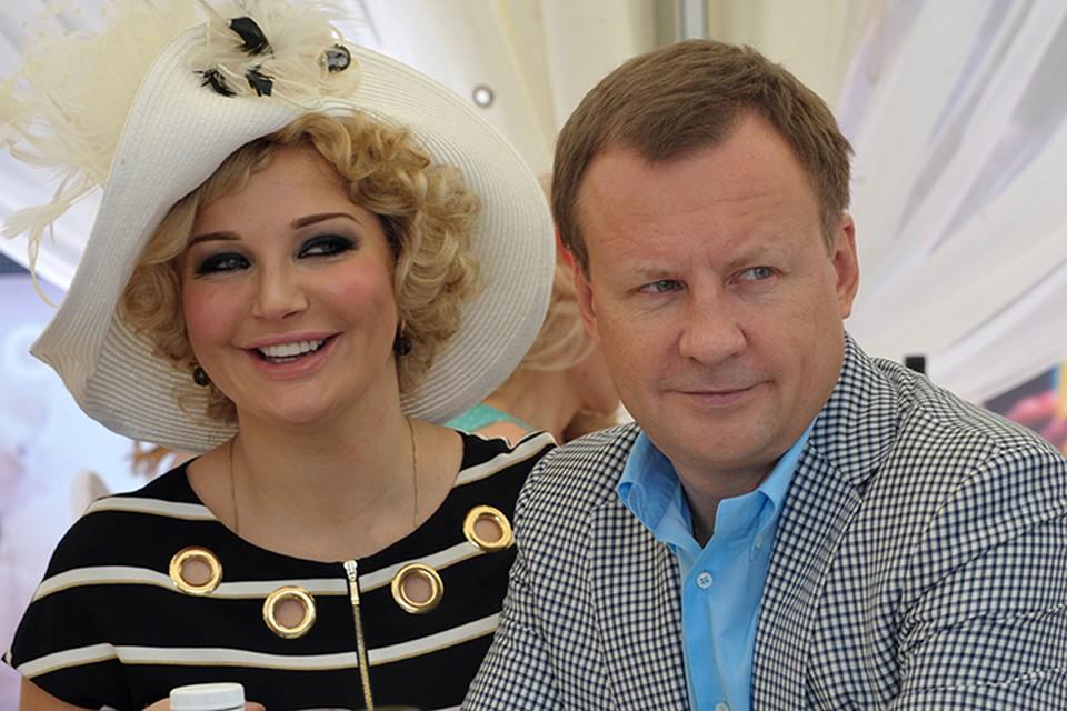 Денис Вороненков и Мария Максакова, судя по их словам, долго терпели тоталитарную суть государственного строя в России