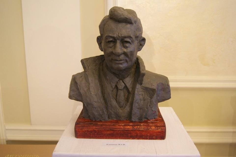 Один из претендентов на лучший эскиз памятника Юрию Ножикову
