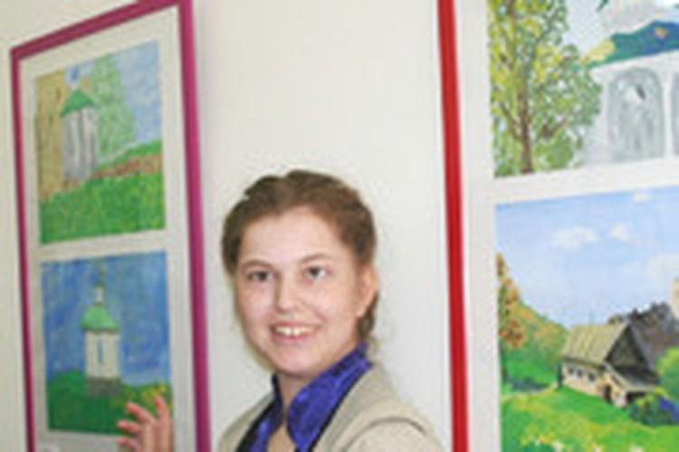 Открылся Изборский вернисаж в рамках «Добровольцы – детям»