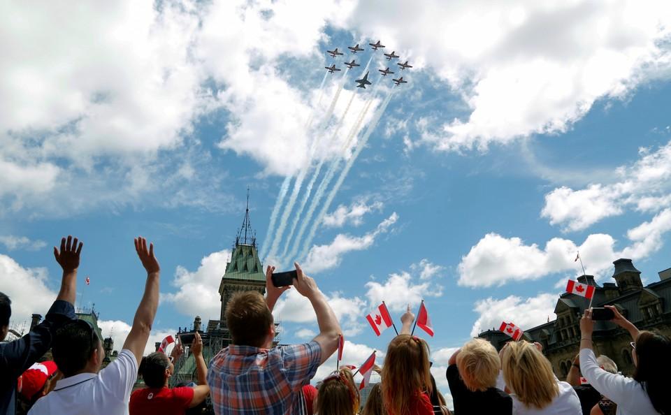 """Празднования по случаю """"Дня Канады"""" на Парламентском холме в Оттаве."""