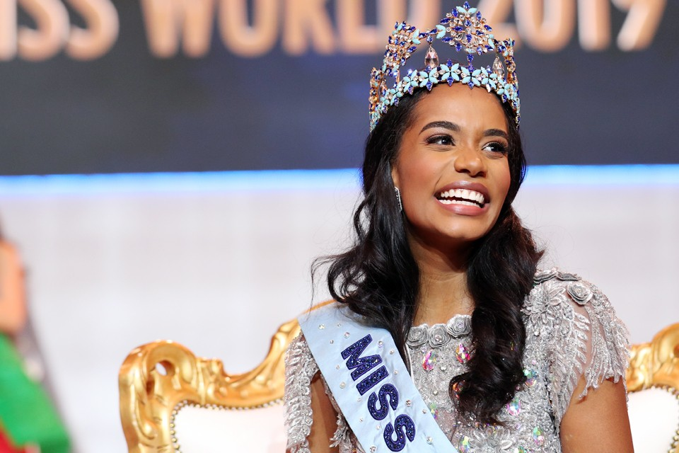 В Лондоне прошел 69-й международный конкурс красоты «Мисс мира 2019», победу в котором одержала 23-летняя конкурсантка с Ямайки Тони-Энн Сингх