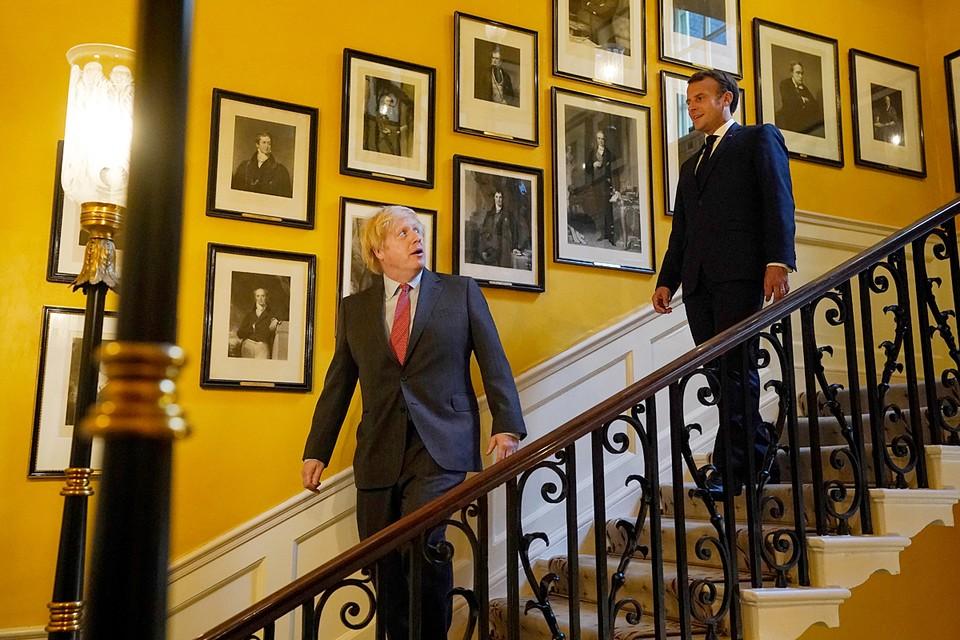 Президент Франции Эмманюэль Макрон прибыл с визитом в Великобританию