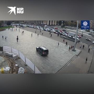 В Киеве автомобиль протаранил толпу прохожих