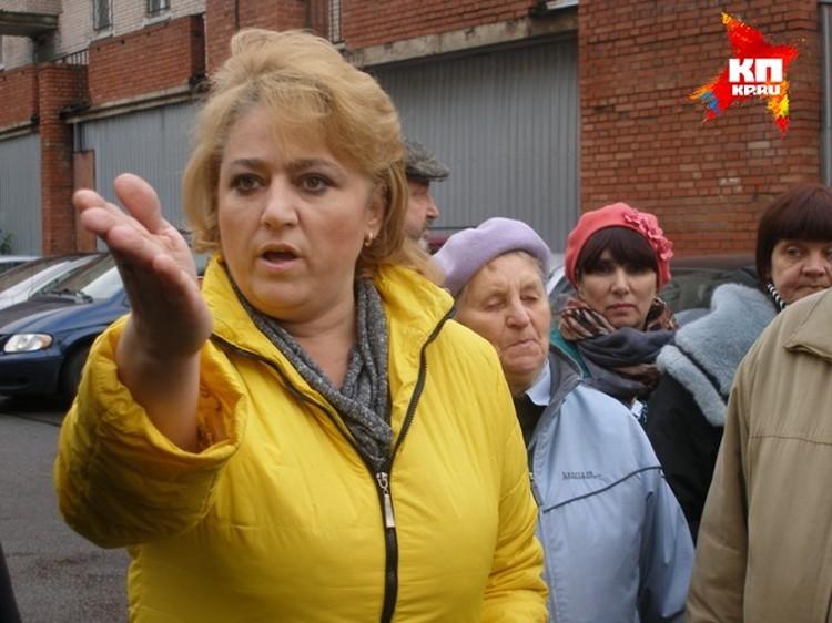 В борьбе двор, защитницу детской площадки Оксану Королеву, поддерживали все жильцы дома