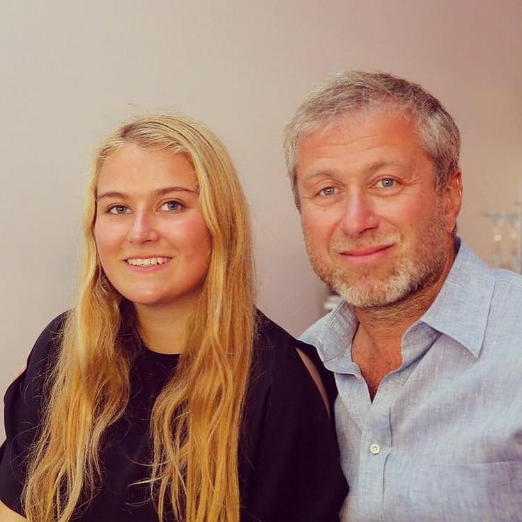 Софья очень похожа на своего отца Романа Абрамовича. Фото: Facebook.