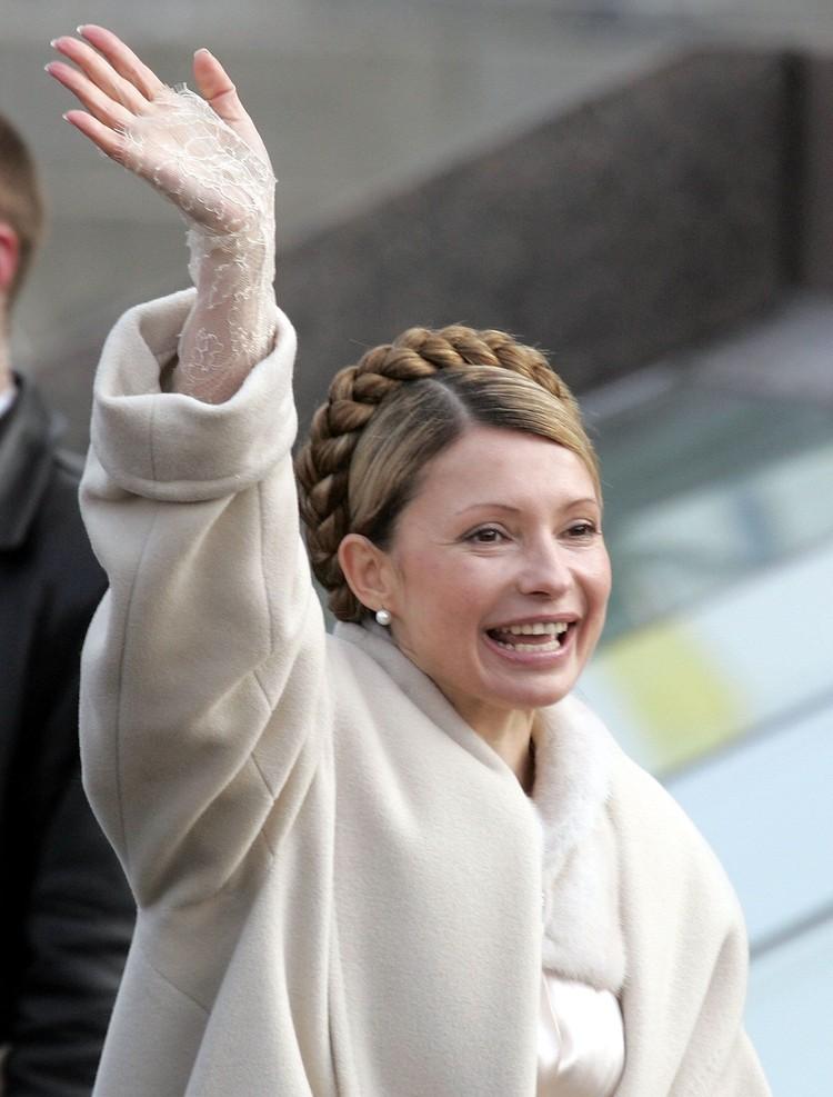 """Украинские СМИ присваивают Юлии звание """"иконы стиля"""", а в ее гардеробе появляются модели из последних коллекций лучших домов мод планеты. Фото: EAST NEWS."""