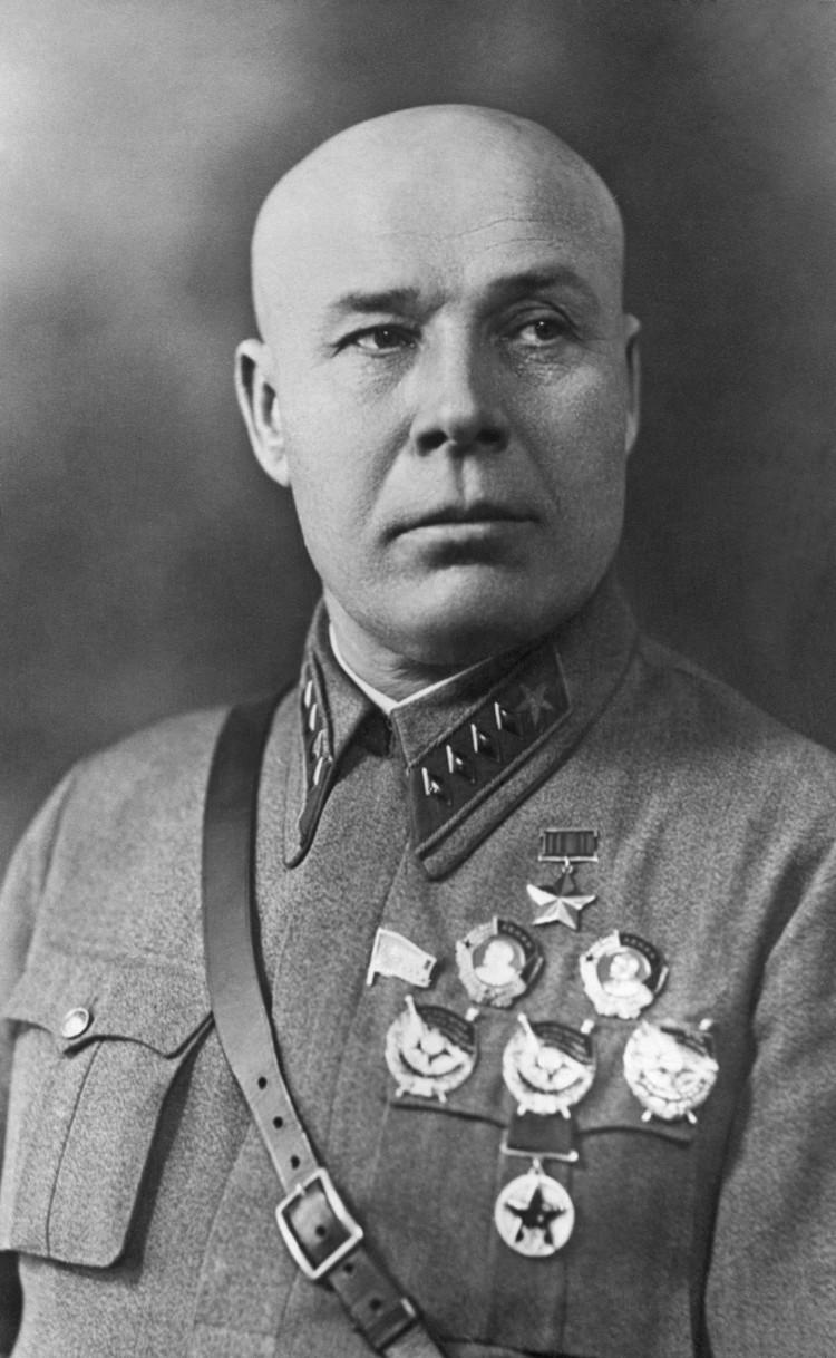 Шестое место в рейтинге маршалов Советского Союза можно отдать Семену Константиновичу Тимошенко