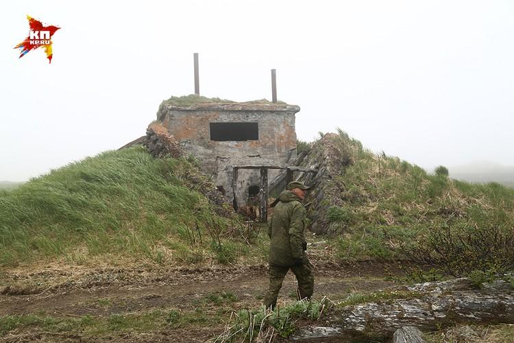 Остров не был интересен императорскому флоту – он не имел бухт, поэтому Мацуа решили превратить в крепость