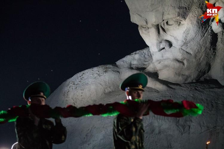 Лебедеву не понравился монумент «Мужество».