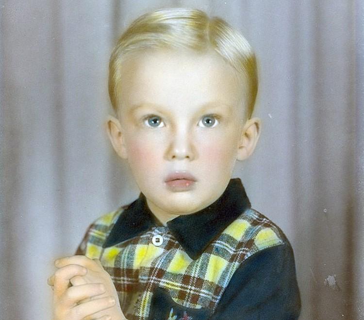 """Этот снимок Трамп подписал так: """"Кто бы мог подумать, что из этого невинного паренька вырастет монстр?"""""""