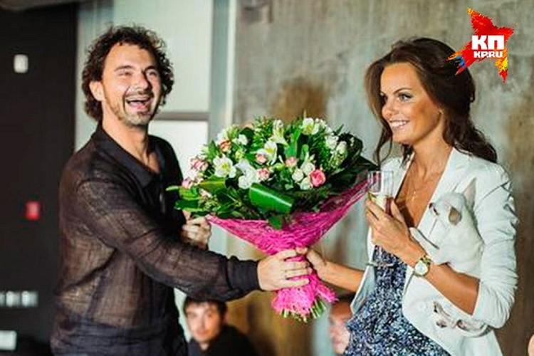 Все фотографии Лошагина и его жены Юлии Прокопьевой всегда были будто с обложки гламурного журнала